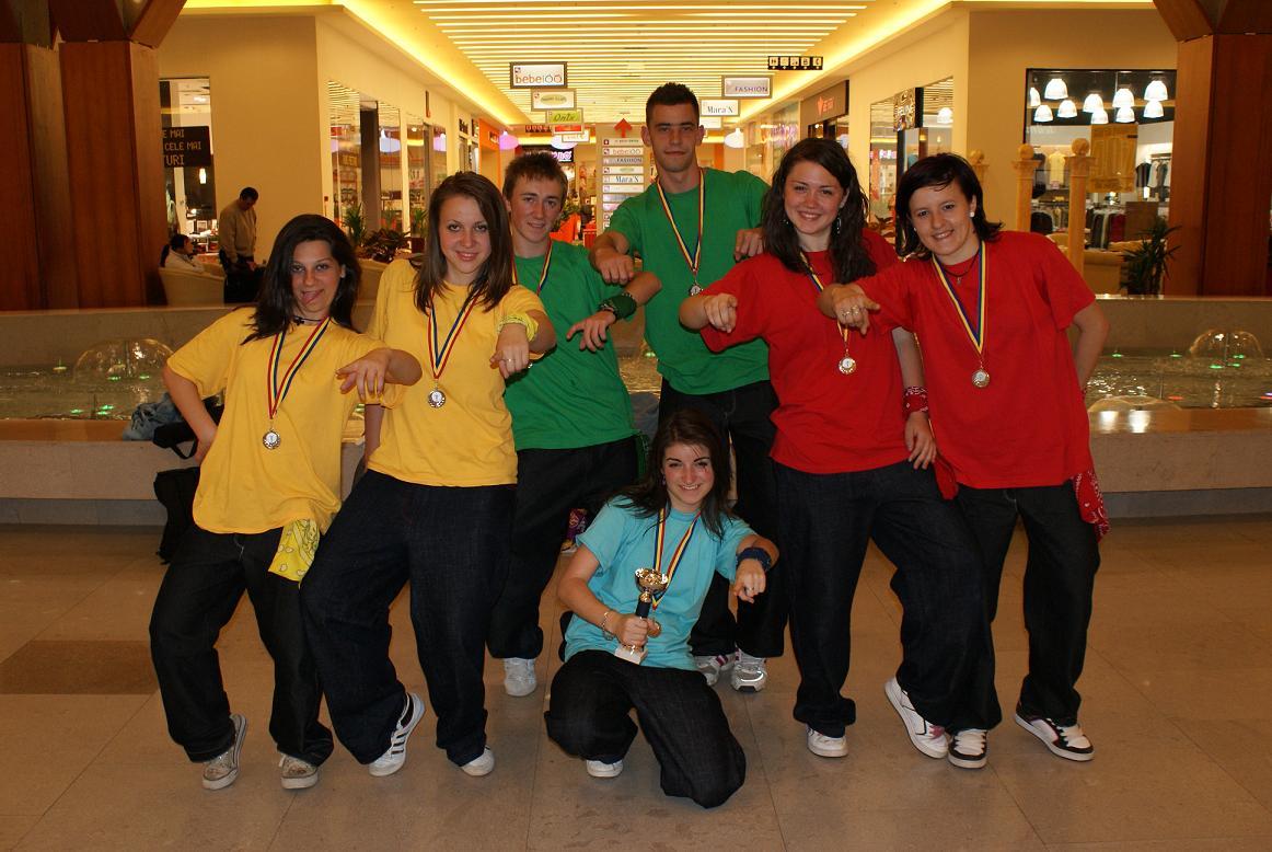 """Locul 2 la concursul naţional de streetdance """"City Jam"""", Suceava 2009"""